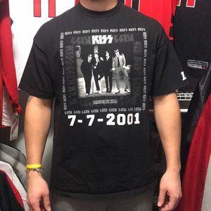 Vintage Kiss Band shirt.